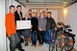 Spendenübergabe_Fahrradwerkstatt